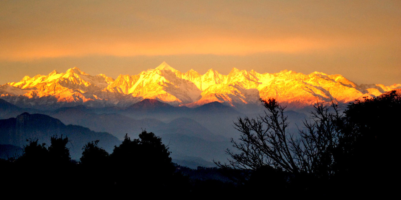 A Himalayan sunset from the retreat