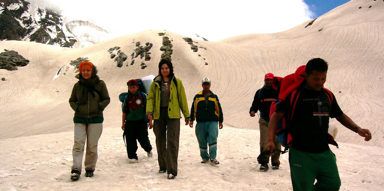 Pass Trek Bhabha Pass Trek