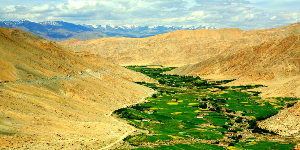 NUBRA VALLEY - LEH 140 kms / 5 hrs
